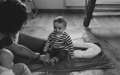 Le massage de Bébé avec Séverine Gevisier